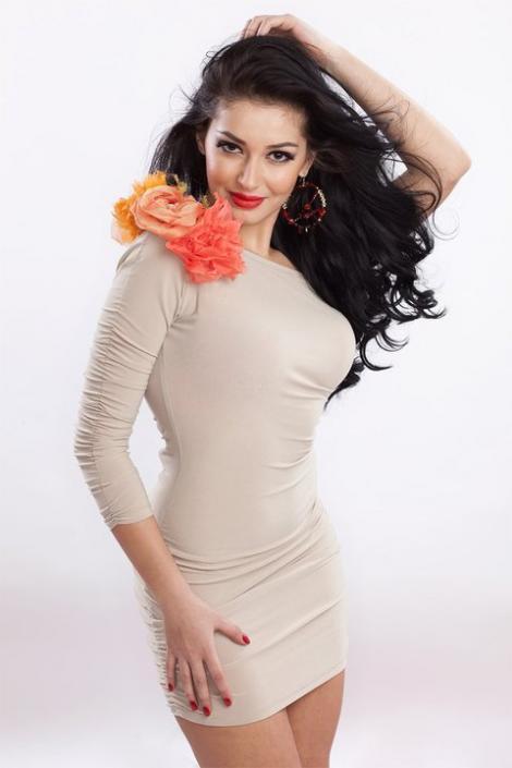 Elena Ionescu va purta la Eurovision o rochie creata de Maria Lucia Hohan