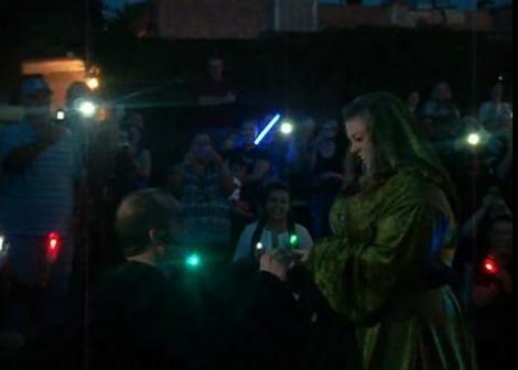 "VIDEO! Cerere in casatorie in stil ""Star Wars"""