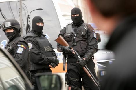 VIDEO! Scandal cu focuri de arma in Mures: un mort si mai multi raniti