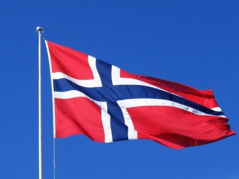 Norvegia elimina restrictiile de munca pentru romani