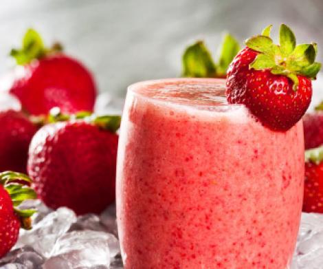 Racoritor: Smoothie de fructe de padure