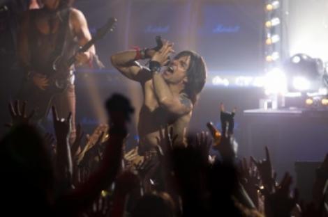 """A1.ro iti recomanda azi filmul """"Rock of Ages - Rock pentru totdeauna"""". Vezi trailerul!"""