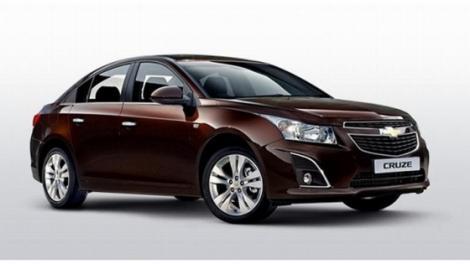 Facelift pentru Chevorlet Cruze sedan si hatchback