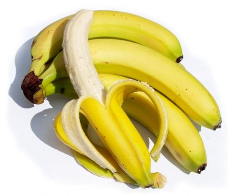 Bananele sunt energizante mai eficiente decat bauturile sportive