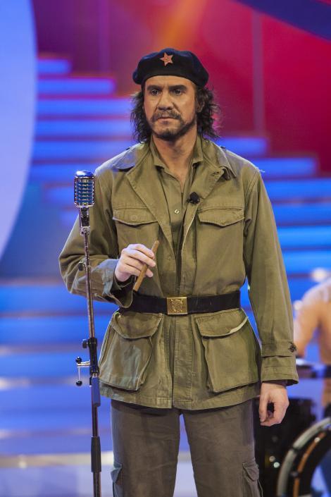 Transformare uluitoare la Demascarea! In spatele lui Che Guevara se ascunde o vedeta din industria muzicala!