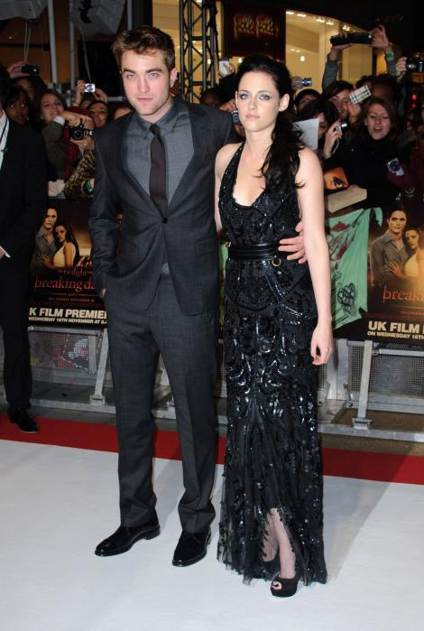 Kristen Stewart si Robert Pattinson, in pragul despartirii. Afla de ce!