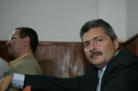 Sorin Ovidiu Vantu, urmarit penal pentru spalare de bani si delapidare