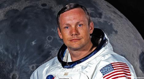 Neil Armstrong, portretul unui erou