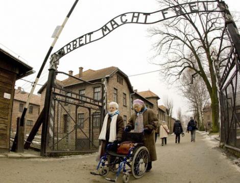 Despre turismul negru sau cum te simti dupa o vizita la Auschwitz