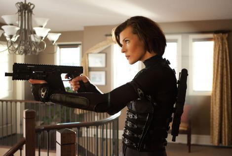 Milla Jovovich recunoaste ca a furat dintr-un hotel londonez. Vezi ce si de ce obisnuia sa fure in tinerete!