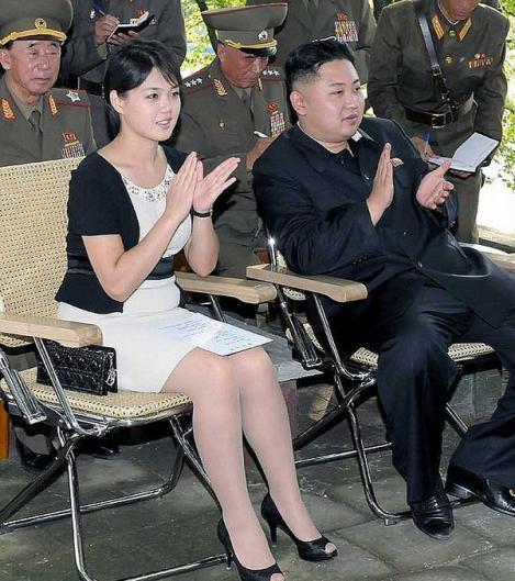 Saracia din Coreea de Nord, la puterea Dior. Care este accesoriul preferat al sotiei lui Kim Jong-un