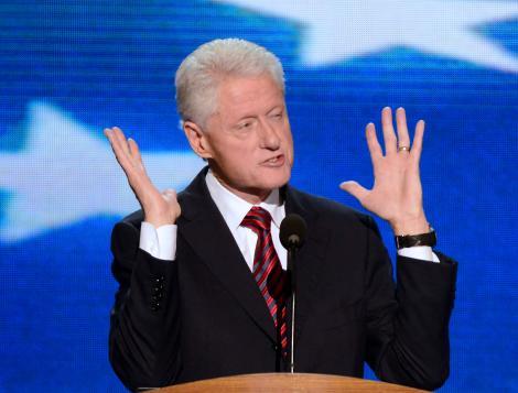 Monica Lewinsky va scrie o carte despre aventura pe care a avut-o cu Bill Clinton