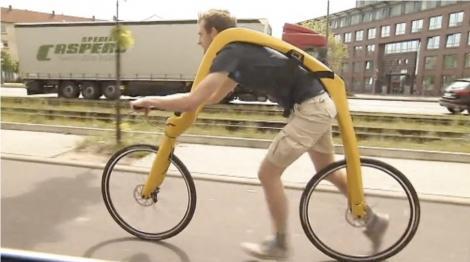 Masina lui Fred Flintstone pe doua roti = FLIZ, bicicleta fara pedale sau sa!