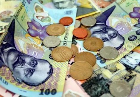 Visul frumos al relaxarii monetare, spulberat: creditele se scumpesc!