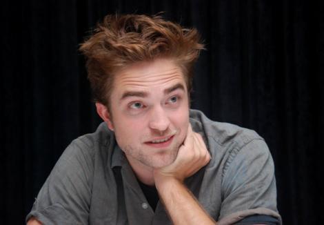 Veste trista pentru fanii cuplului din seria cu vampiri Twilight. Robert Pattinson si Kristen Stewart s-au despartit din nou