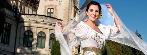 GALERIE FOTO Soprana Angela Gheorghiu a pozat in costume populare romanesti, ca Regina Maria