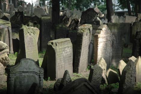 Seful politiei secrete naziste a fost ingropat intr-un cimitir evreiesc