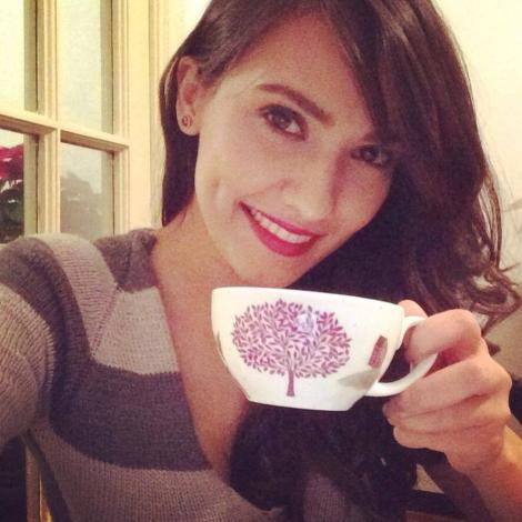 Alexandra Bădoi are ac de cojocul vremii reci: Un ceai fierbinte!