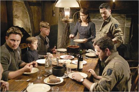 Cea mai frumoasă masă de Crăciun: 24.12.1944, nemţi şi americani