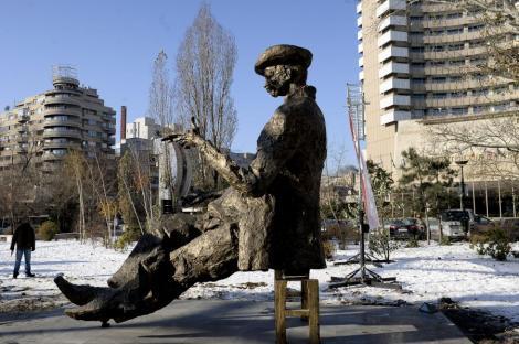 1 februarie 1852: S-a nascut marele dramaturg roman Ion Luca Caragiale