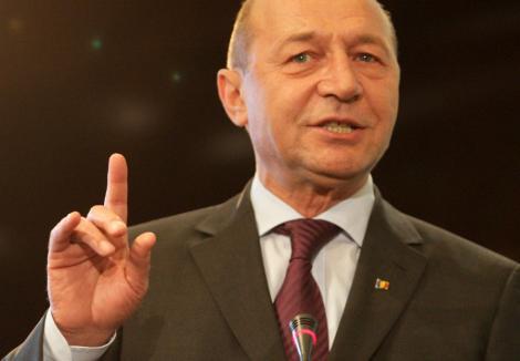 "Traian Basescu: ""Romania are in plus sase miliarde de euro fata de bugetul precedent"""