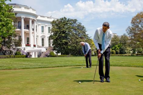 Barack Obama a interzis accesul presei la o partida de golf cu Tiger Woods