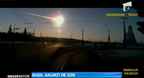 Un video in care ar fi surprins impactul dintre un OZN si meteoritul care a lovit Rusia face furori pe Internet