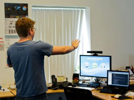 Kinect iti va putea inlocui mouse-ul in interactiunea cu PC-ul