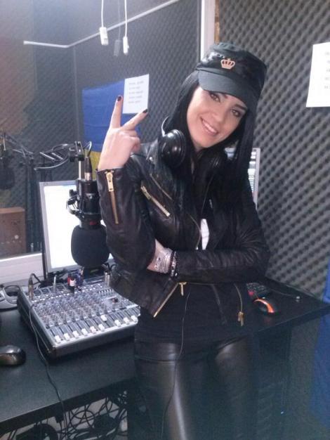 Adelina Pestritu a vrut sa devina cantareata: A mers la studio si a inregistrat o piesa