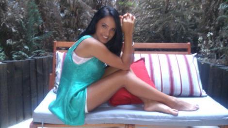 Adelina Pestritu face precizari despre viata amoroasa, pe Facebook