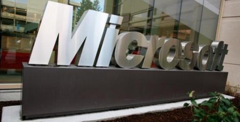 Microsoft o ia de la zero cu Windows Phone 9. De ce?