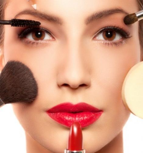 Cum devii propriul tau dusman: 9 obiceiuri daunatoare pentru piele