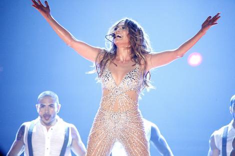 Jennifer Lopez a avut un musafir nedorit. Un intrus a trait o saptamana de vis in casa cantaretei
