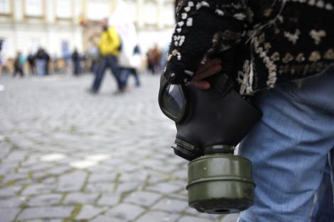 Din cauza unei posibile interventii in Siria, israelienii se bat pe mastile de gaze