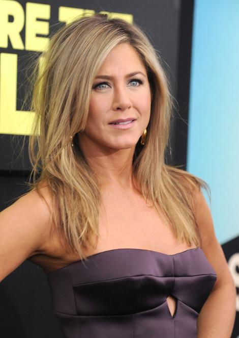 FOTO! Jennifer Aniston, la 44 de ani, fara machiaj