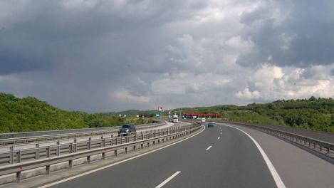 Uniunea Europeana vrea limitatoare de viteza pentru masini. 110 km/h ar putea fi maximum acceptat