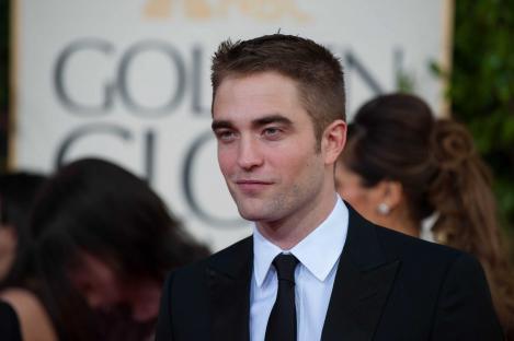 Robert Pattinson va juca intr-un film despre viata lui James Dean