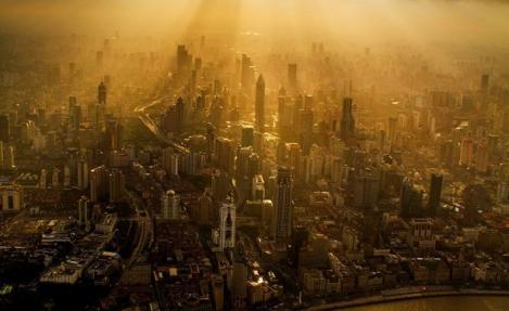 Shanghai de la peste 600 de metri înălţime. Imagini uluitoare surprinse de un chinez!