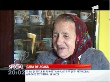 Special! O bătrână de 71 de ani locuieşte într-o fostă gară