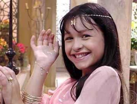 """Vă amintiţi de Khadija, fetiţa din """"Clona""""? Iată cum arată şi ce face acum, la 23 de ani!"""