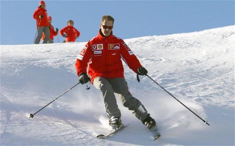"""Veşti triste pentru fanii lui Michael Schumacher! """"Are şanse minime să-şi revină"""""""