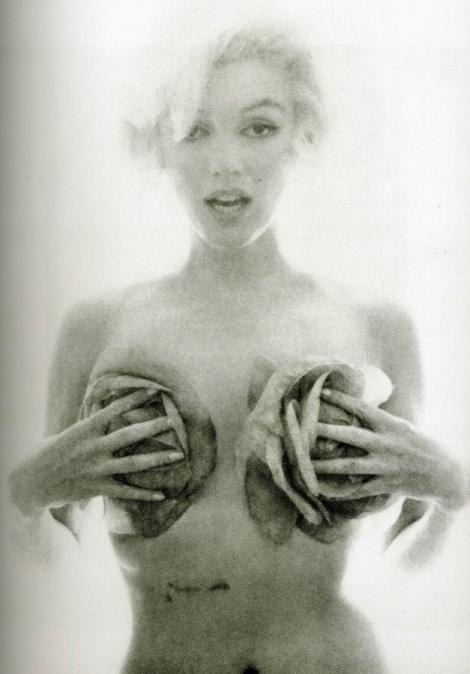 Cum arăta Marilyn Monroe cu şase săptămâni înainte să moară! Ultima ŞEDINŢĂ FOTO a divei
