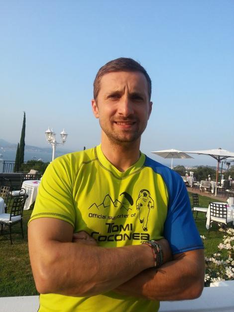 """Dani Oţil şi-a făcut un nou prieten, în vacanţă: """"Suntem vecini, dar abia azi am vorbit. Cred că e stelist"""""""