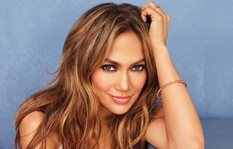 Seamănă atât de bine încât abia le deosebești! Uite cum arată fiica lui Jennifer Lopez