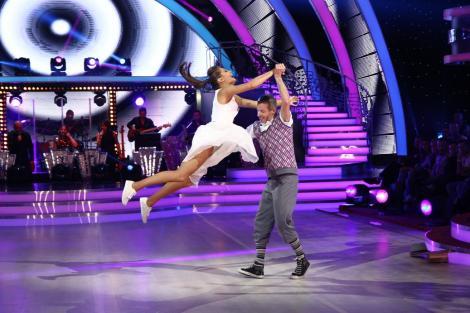 """Final de drum! Raluka şi Lilian sunt cei care părăsesc competiţia """"Dansează printre stele"""""""