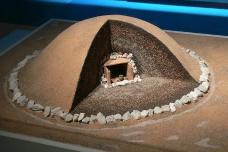 MISTERUL comorilor ascunse! În România există piramide pline de secrete!