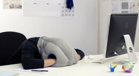 Ţi se face somn des la serviciu? Scaunul ăsta e soluţia!
