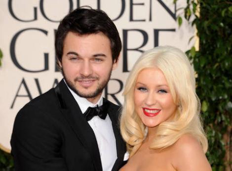 Christina Aguilera s-a logodit! Iată inelul