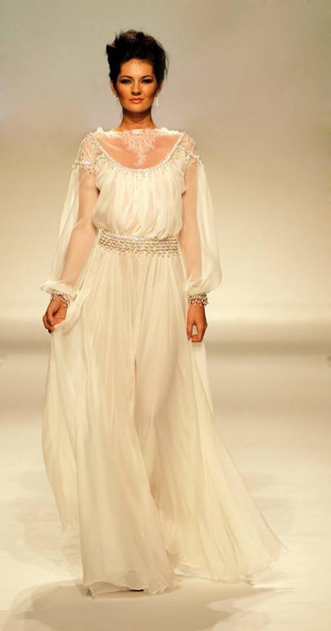 Te căsătorești în vară? Iată ce rochii de mireasă se poartă în acest sezon!