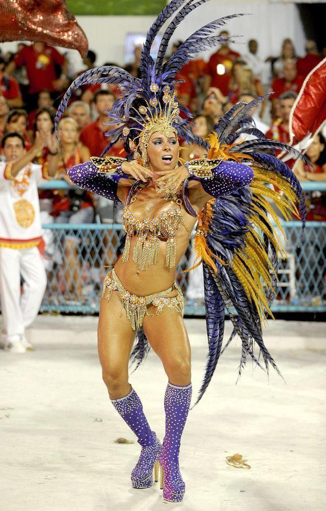 Galerie FOTO +18! Iată ce pierdeţi dacă rataţi Carnavalul de la Rio!